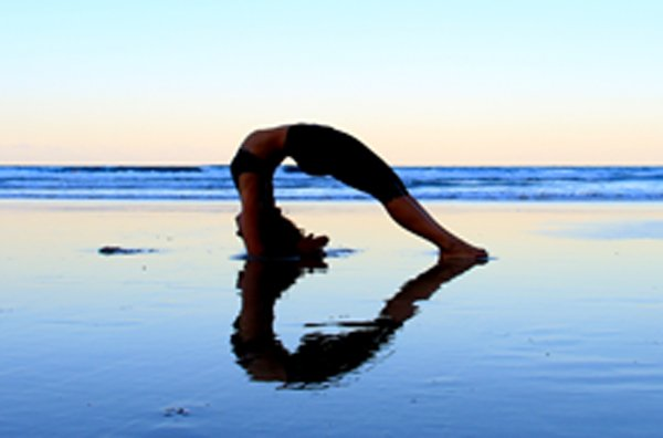 coolum beach yoga classes